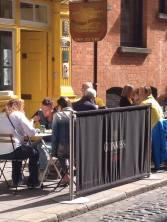 Summer diners at O'Sheas